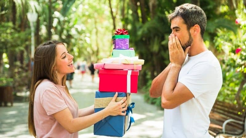 The 12 Best Birthday Gift for Husband 2021